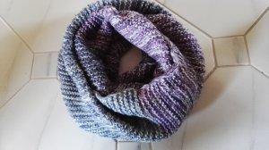 Bufanda de punto lila