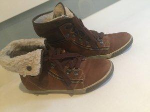 Wintersneaker Tamaris