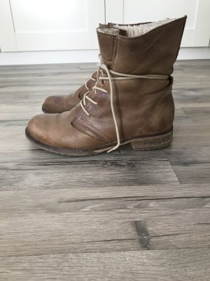 5th Avenue Winter Boots camel leather
