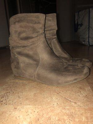 Slip-on laarzen camel