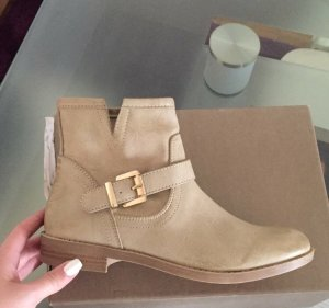 Bata Winter boots nude