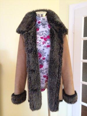 Winterwarme Fake-Fur-Jacke wie neu