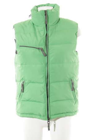 Witty Knitters Quilted Gilet meadow green quilting pattern casual look