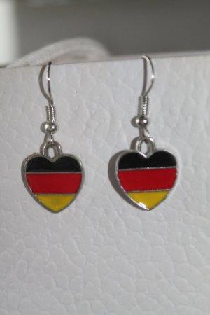 WM 2018 * süsse Ohrringe * Herzen * Deutschland * Fussball * nie getragen *