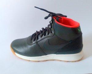 Wmns Nike Acorra Reflect Sneaker Boots Schnür-Stiefeletten Gr. 41 Neu Olivgrün