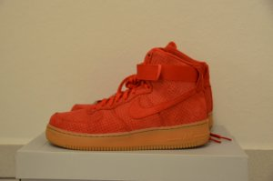 WMNS NIKE AIR FORCE 1 HI SUEDE ROT Gr.41