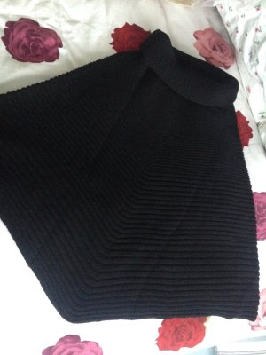 Wolford Poncho negro lana de esquila