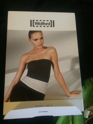 WOLFORD FATAL BELT Gr. M mit Verpackung top