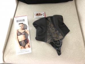 WOLFORD Shape Control Metalace String