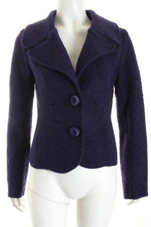 Blazer de lana violeta oscuro elegante