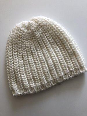 Cappello a maglia bianco-argento
