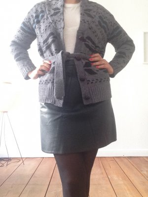 Woll-Strickjacke