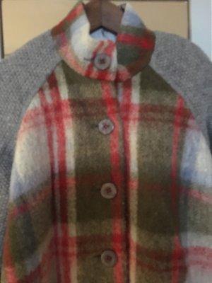 Woll-Strickmantel - jetzt kann es kalt werden und kariert ist Trend