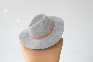 H&M Chapeau en laine gris clair laine