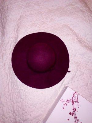 Cappello di lana viola