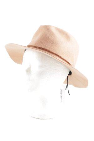 Chapeau en laine rose chair style campagnard