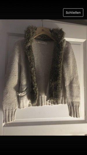 Wolljacke mit kunstfell von Zara