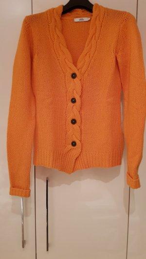 0039 Italy Pull en laine orange