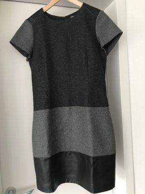 Wollkleid, grau, Anthrazit,Kunstleder Größe 40 von mexx