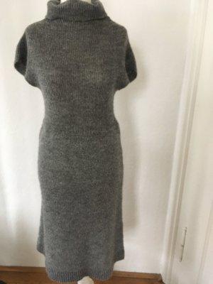 Wollkleid mit Rollkragen von Benetton in grau