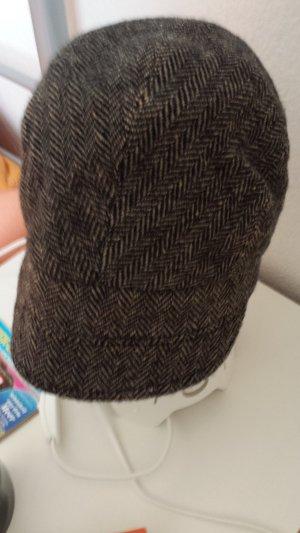 Wollmütze braun schwarz
