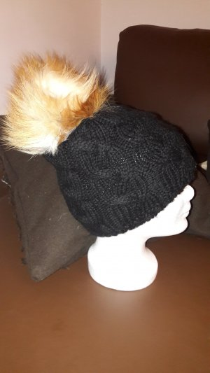 Bobble Hat black-brown