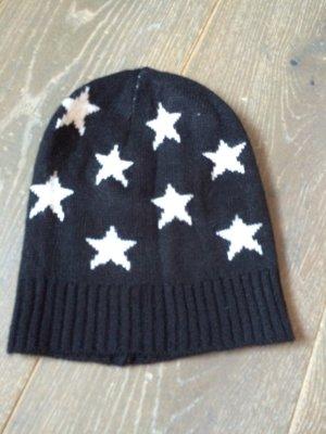 Wollmütze mit Sternchen
