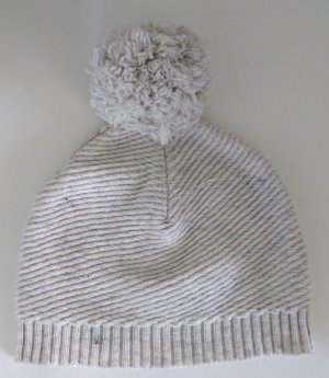 s.Oliver Bobble Hat white-natural white wool