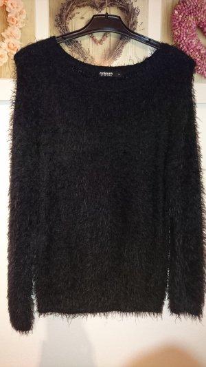 Wollpulli schwarz