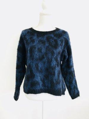 Wollpulli von Rich&Royal aus Mohair/ Gr.S/ schwarz-blau/ Leoprint
