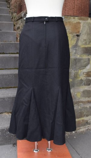 Godet Skirt black wool