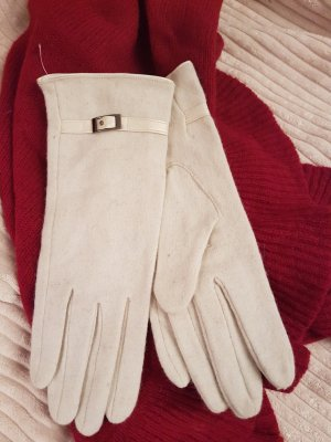 wollweisse Handschuhe mit kleinem Lederband
