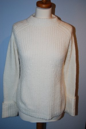 wollweißer kuscheliger Pullover von Zara Knit in Gr. S