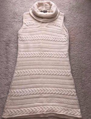 wollweißes Kleid von Hallhuber Donna