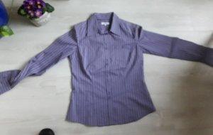 Cols de blouses violet-blanc