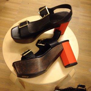 Wooden Heel 70s Trend Calvin Klein Platform Sandalen Olivia Palermo