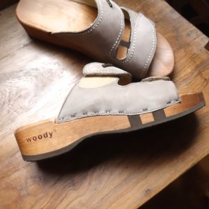 woody Heel Pantolettes grey brown leather