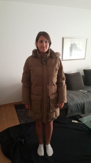 Woolrich Daunenjacke mit Kapuze in beige