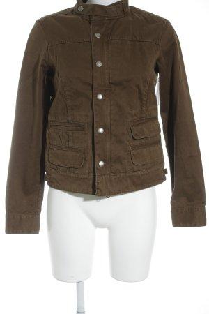 Woolrich Chaqueta corta marrón look Street-Style
