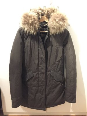 Woolrich Luxury Arctic Parka in Olive!