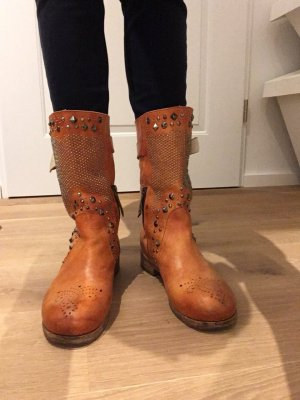 WOW Stiefel orange mit Nieten