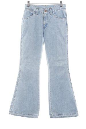 Wrangler Jeans a zampa d'elefante azzurro look pulito