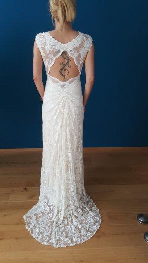 Wünderschönes Brautkleid aus Spitze von Olvi's