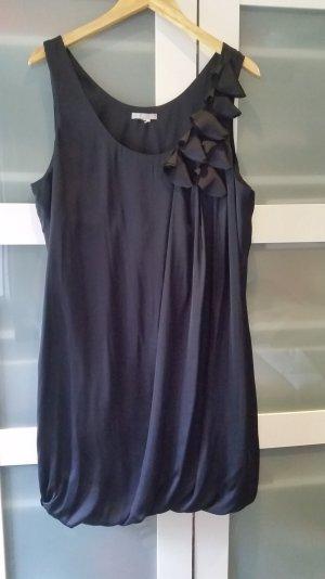 Wünderschönes H&M Cocktailkleid in dunkelblau