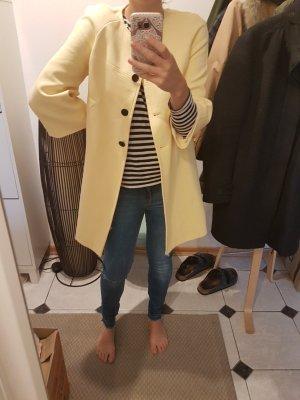 Wunderbarer zitronengelber Mantel von Zara