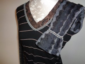T-shirt col en V multicolore fibre textile