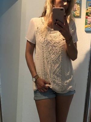 Wunderschön bestickte Bluse