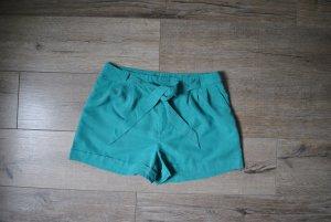 wunderschön fallende Shorts