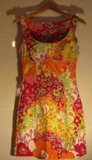 Wunderschön gemustertes Moschino Kleid