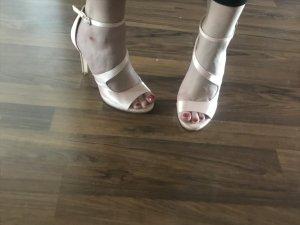 Sandalo con cinturino e tacco alto multicolore